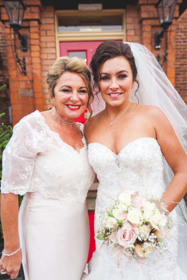 wedding photographer in nottingham 31.JPG