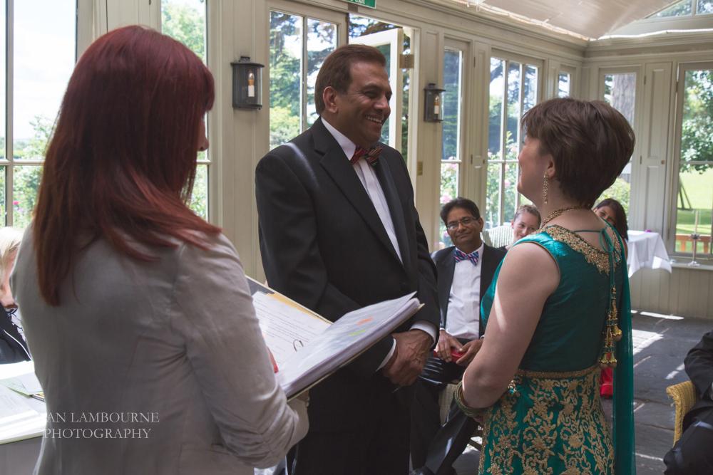 best wedding photographer nottingham 17.JPG