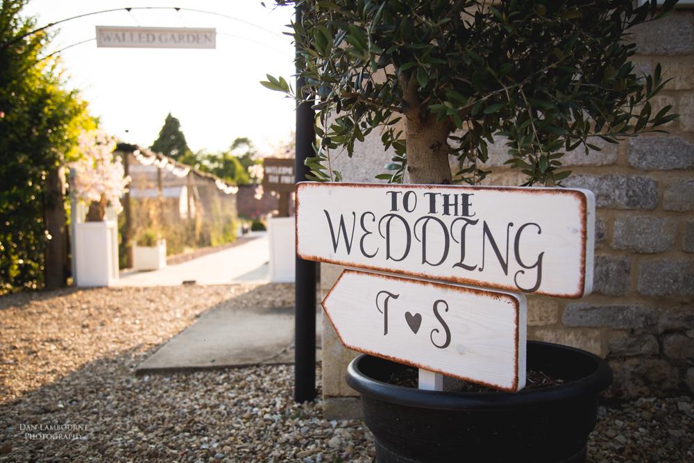 Irnham Hall Wedding Photography_104.jpg