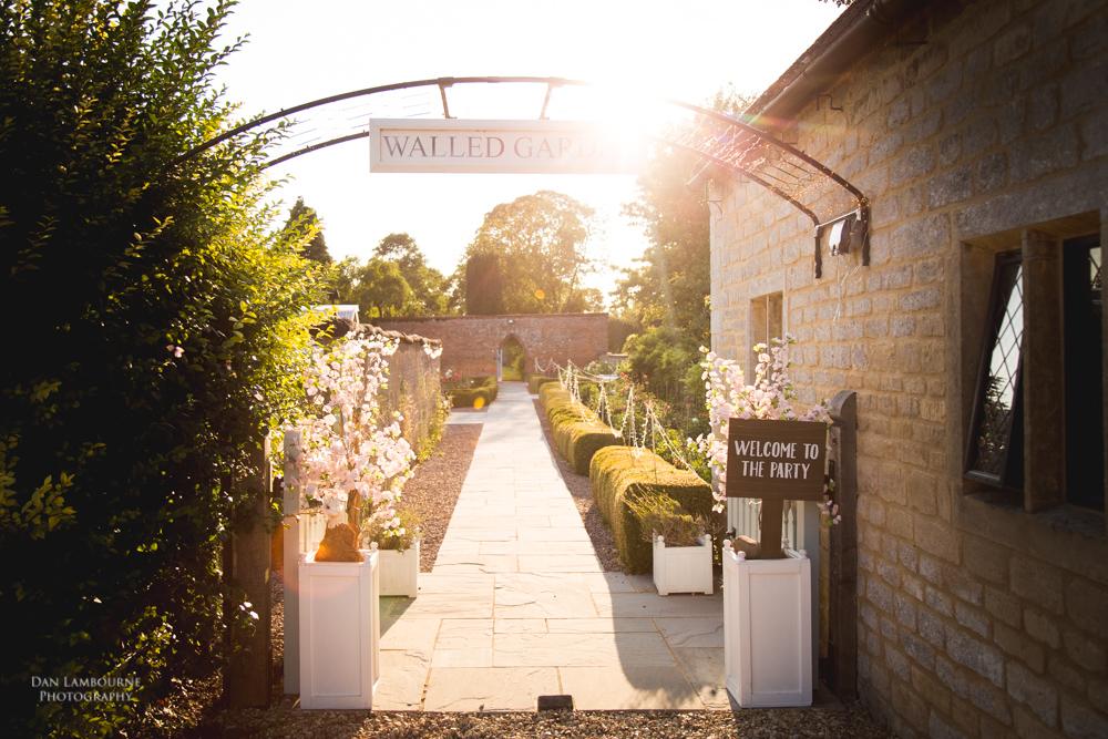 Irnham Hall Wedding Photography_105.jpg