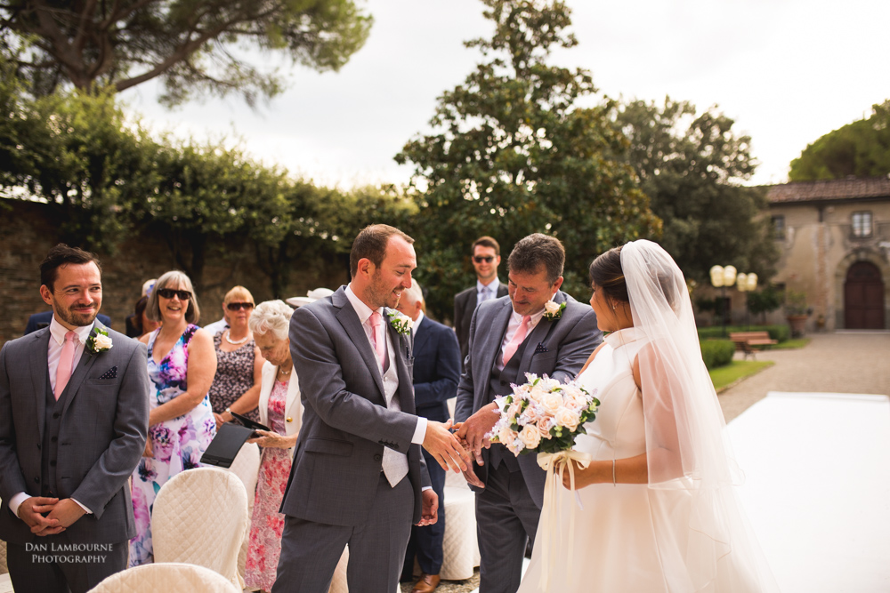 Wedding Photographers in Tuscany_69.jpg