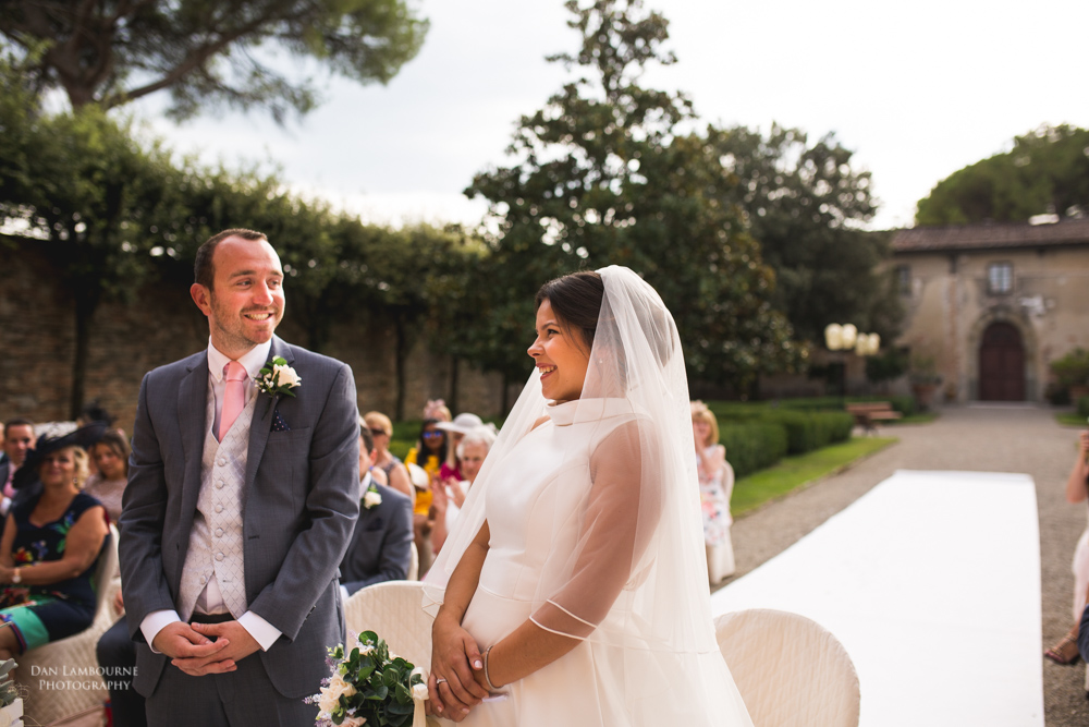 Wedding Photographers in Tuscany_71.jpg