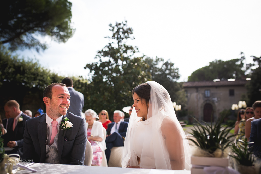 Wedding Photographers in Tuscany_75.jpg