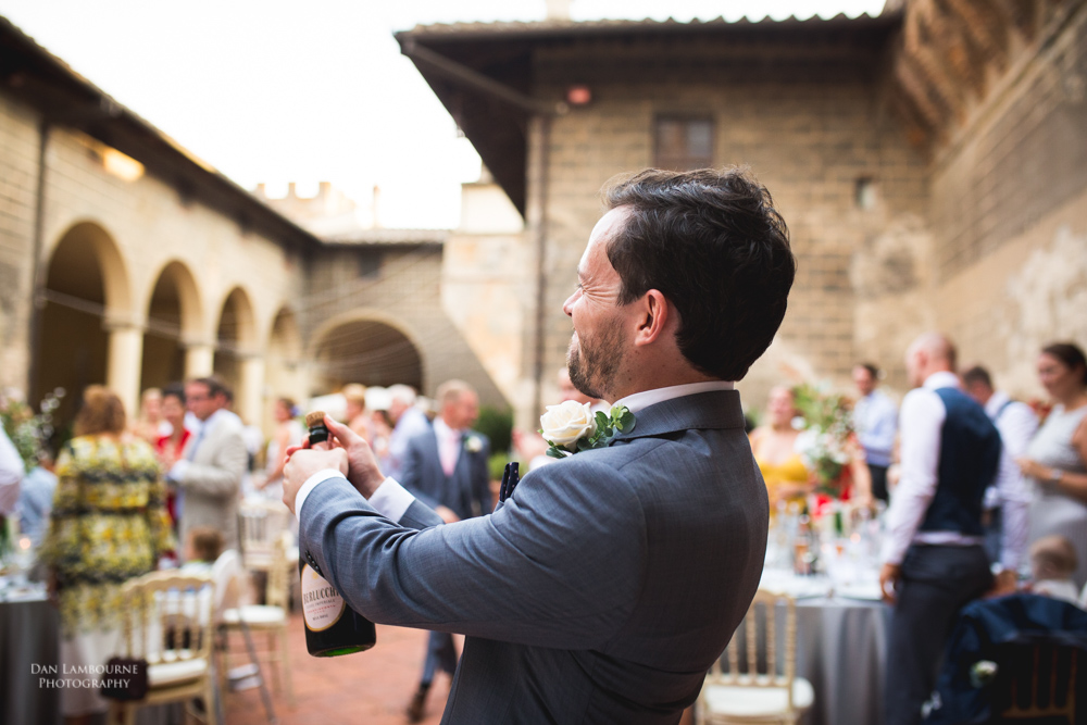 Wedding Photographers in Tuscany_105.jpg