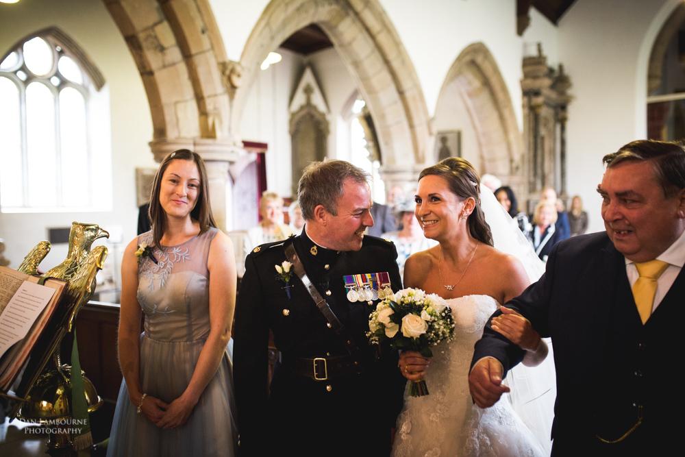 Wedding Photographers in Nottingham_30.jpg