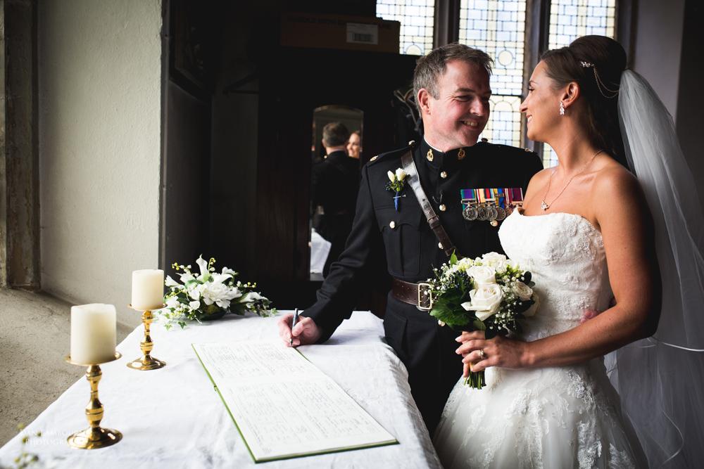 Wedding Photographers in Nottingham_41.jpg