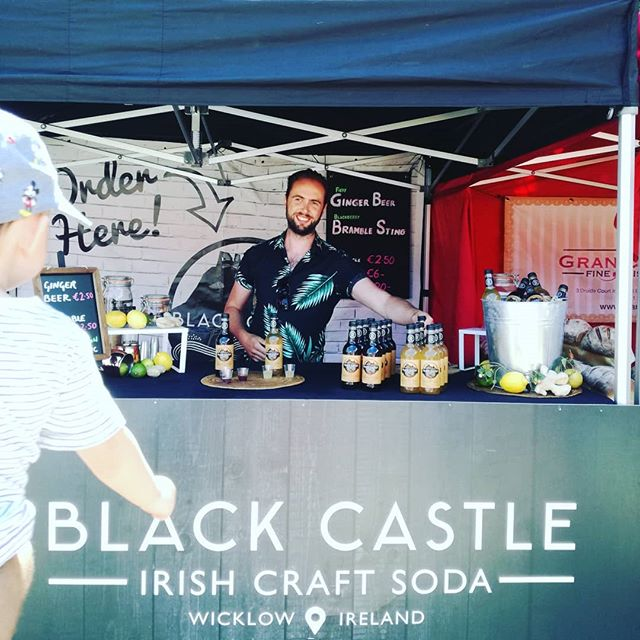 John serving up our tasty #irishcraftsoda at @tasteofwicklow ! Super refreshing on a hot day! #nonalcoholic #BlackCastleDrinks