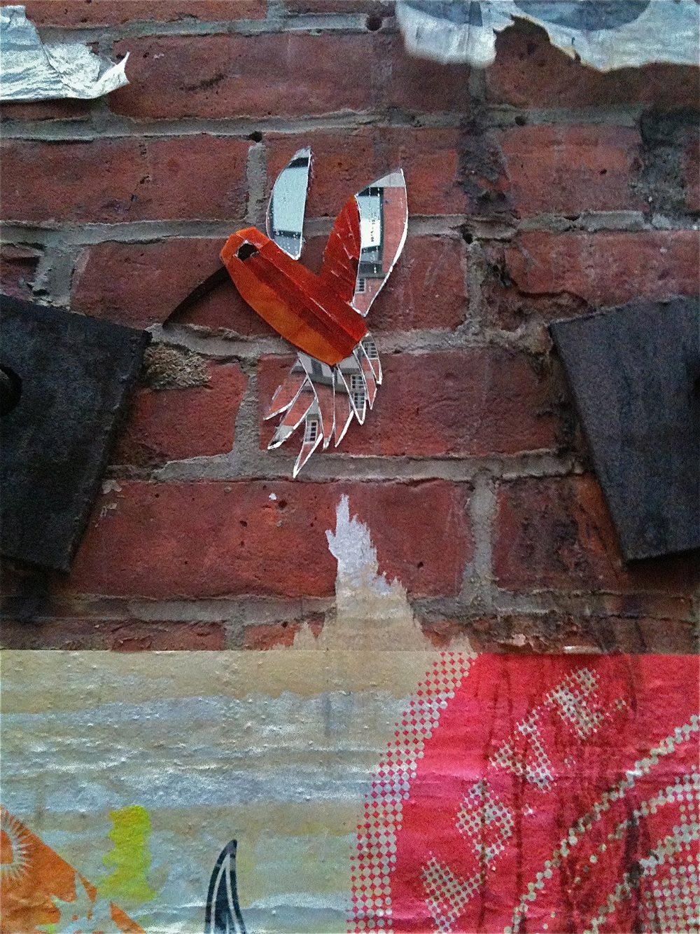 Wing_Street_Art_Glass_Mosaic_Orange_Mirror_Hummingbird.jpg
