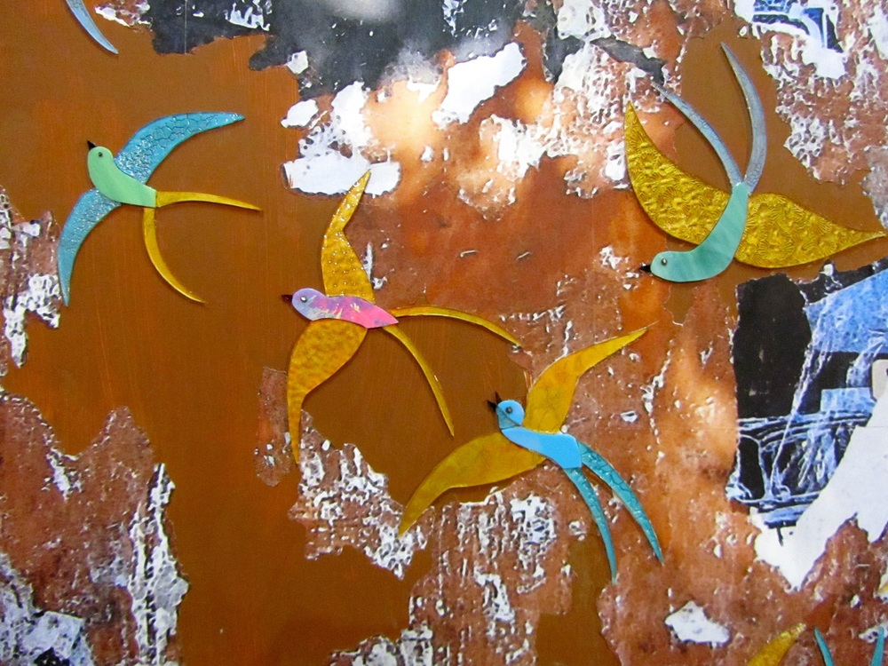 Wing_Street_Art_Glass_Mosaic_Swallows_ShinShin_Fountain_Art_Fair_Detail.jpg