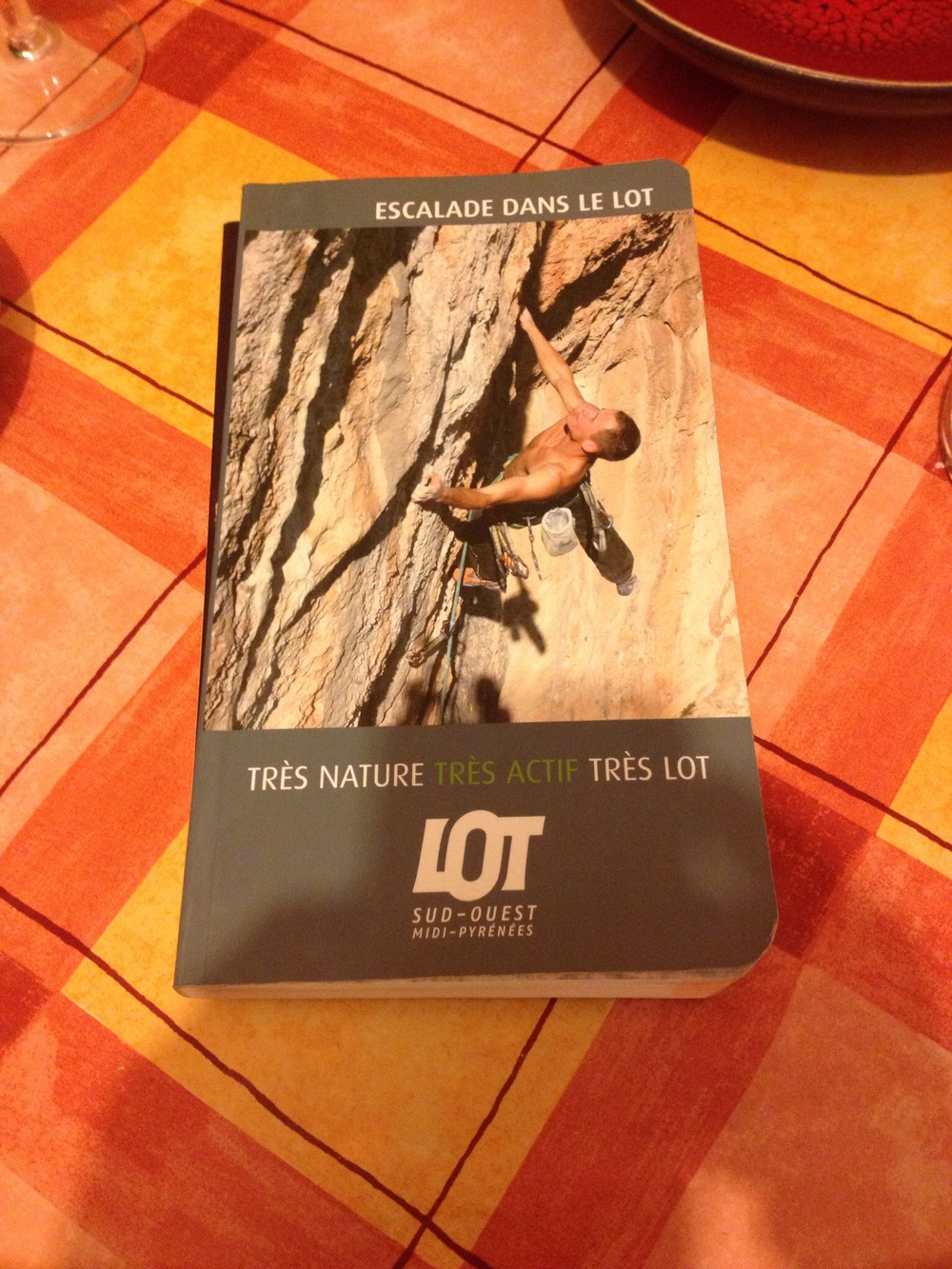 even in a relative backwater of France, two hours inland from Bordeaux, there is a ridiculous amount of sport climbing.