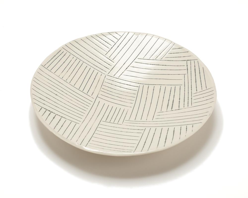Lg. Round Serving Platter: Copan Pattern