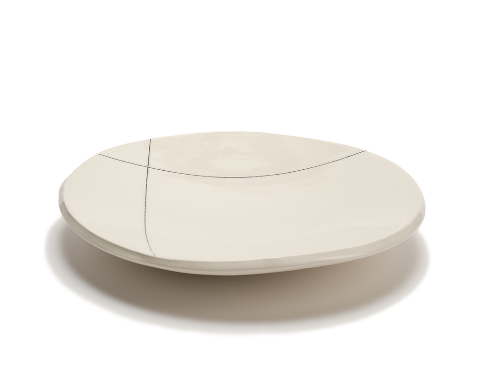 Med. Round Serving Platter: Intersect