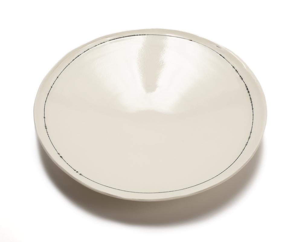 Lg. Round Serving Platter: Linea