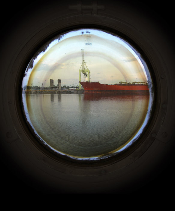 Portholes (red boat)