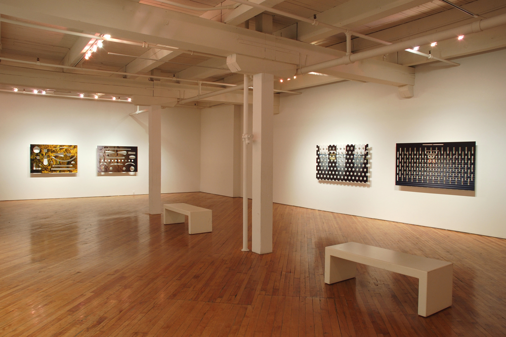 # 13 Hold installation, 2006.jpg