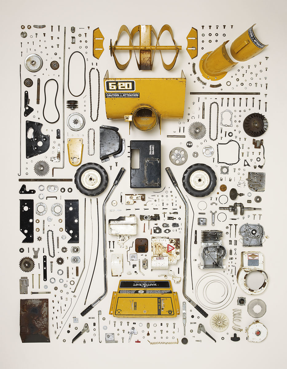 Disassembled_Snow_Blower_7x9.jpg