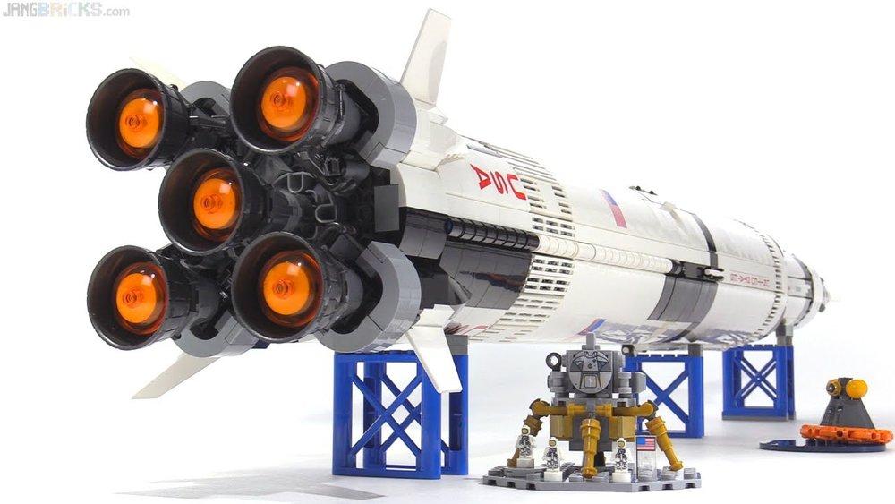 Lego Saturn 5.jpg
