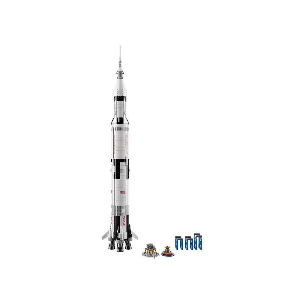 Lego Saturn 5 Vertical.jpg