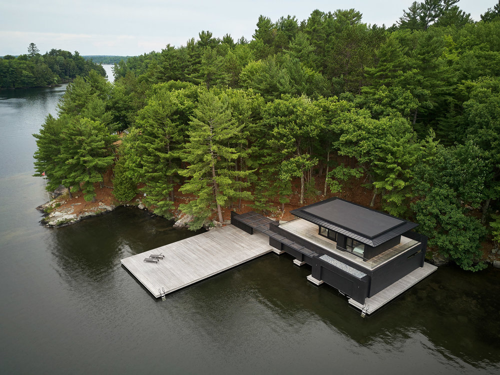 muskoka-boathouse-atelier-kastelic-buffey-ontario-lake-canada_dezeen_2364_col_0.jpg