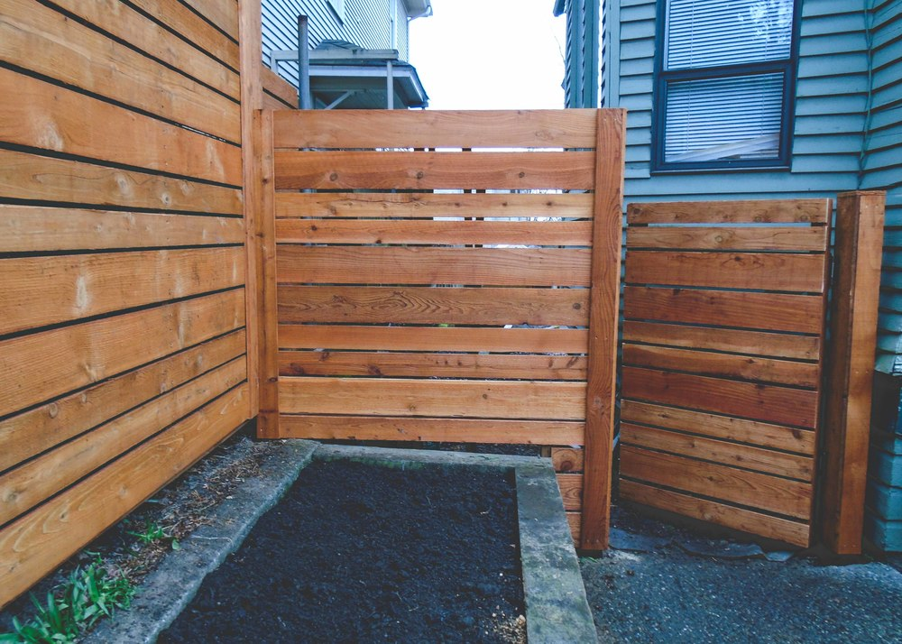 Custom cedar fence_Seattle Urban Farm Co_-2.jpg