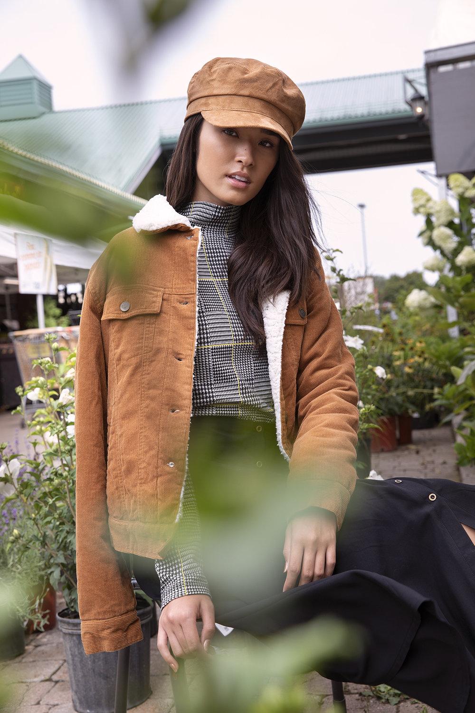 Client- Ardene  Art Direction- Elizabeth Couture  HMU- Amanda Priolo  Stylist- Chloe Deschamps