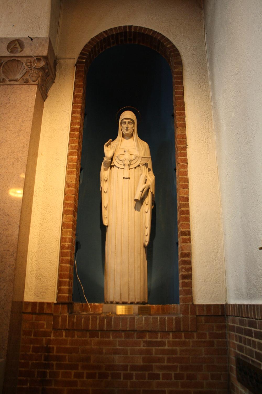 Saint Scholastica Statue