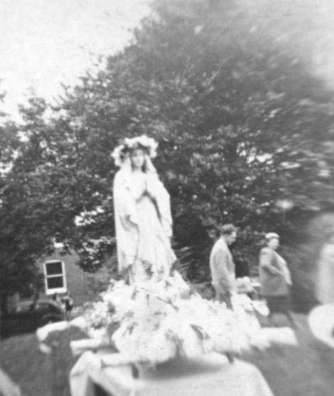 May Crowning, 1947