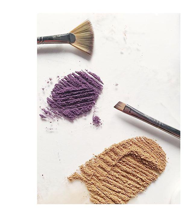 Cutting it up after work with @alliesepanek. #bts #stilllifephotography #stilllifestyling #makeupphotography #photostudio #photostylist #studiolife #FreshPlexiAndTheThinkyBabies