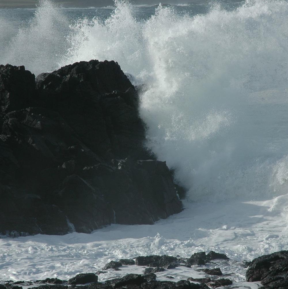 wavesandrock.jpg