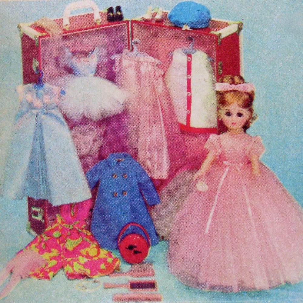 "Elise 1967 exclusive FAO Schwarz ""Elise Takes a Tour"" trunk set."