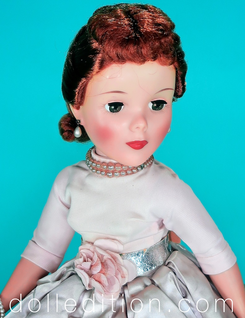 Shari Lewis No. 2440 - without the matching coat the doll came with
