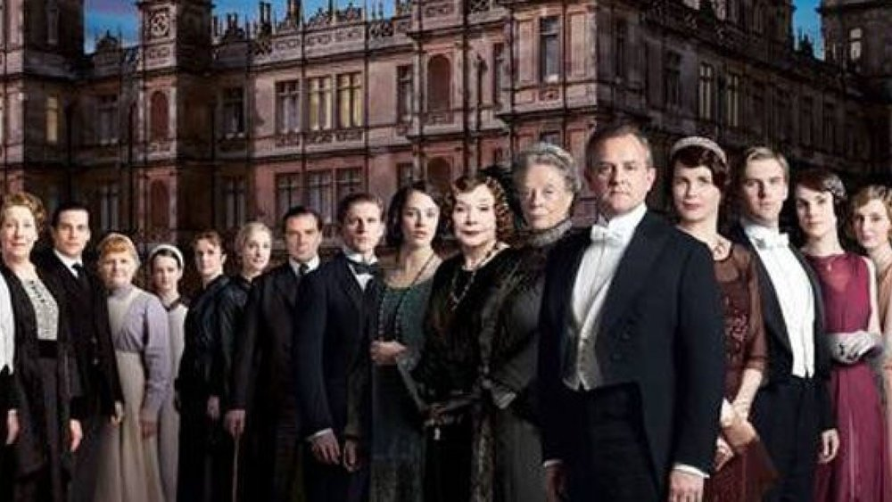 "Focus Features has unveiled a dialogue-free teaser trailer for its upcoming ""   Downton Abbey   "" movie, highlighted by soaring vistas of the majestic English country house."