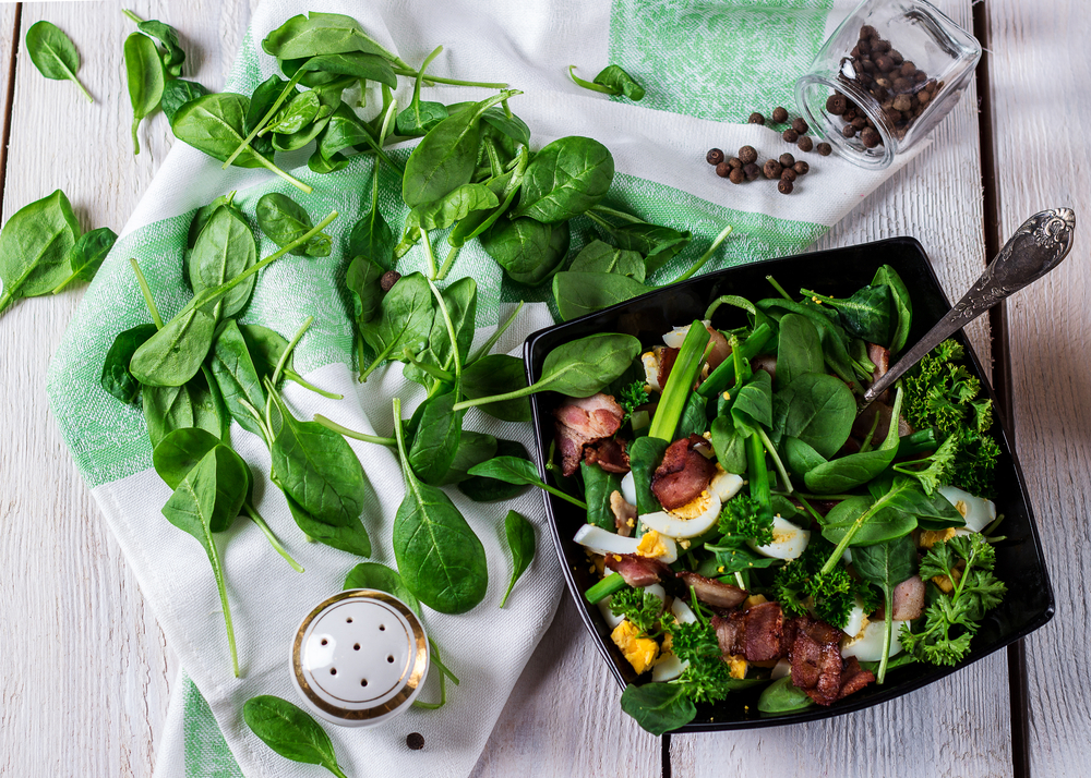 Maple Bacon Spinach Salad