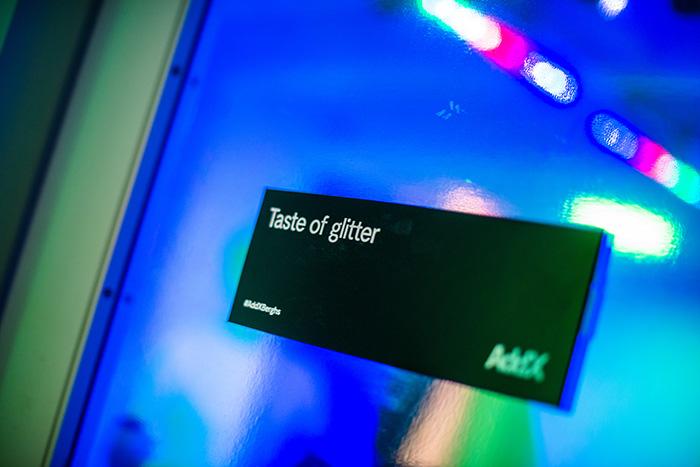 add-glitter3.jpg