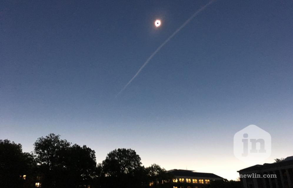 jennewlin_solareclipse_sky.jpg