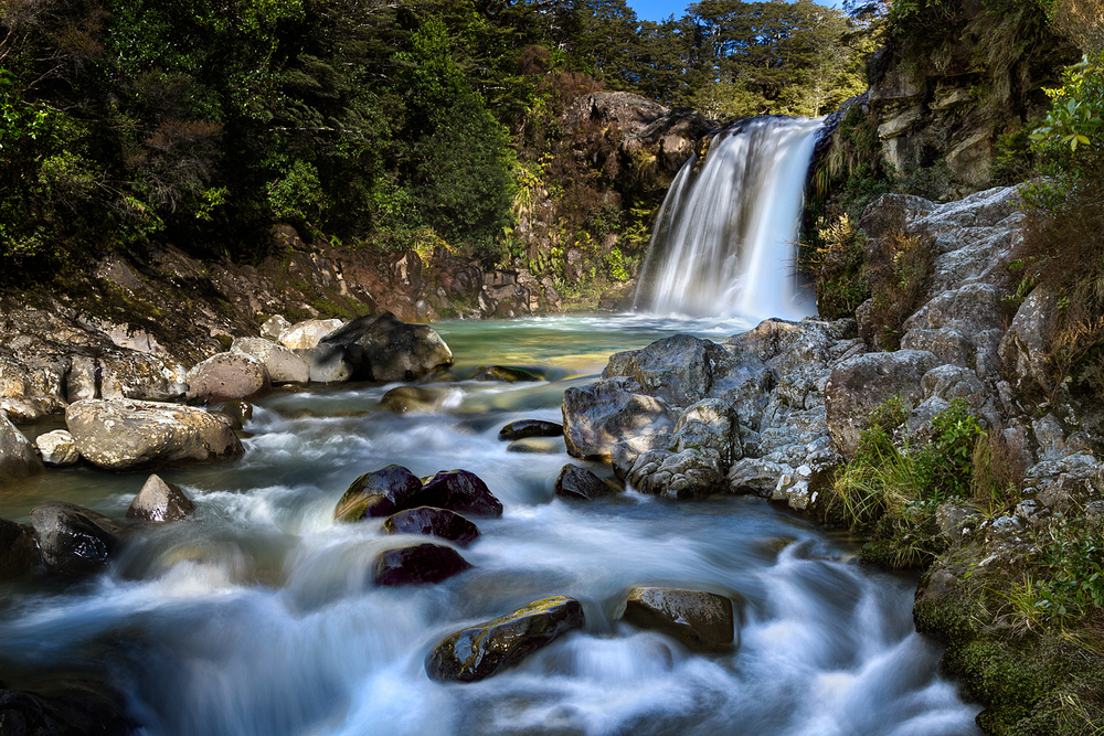 Tawhai Falls.  21  mm | 3 shot HDR @   3.2, 0.8 and 1/5th sec | f11 | ISO100