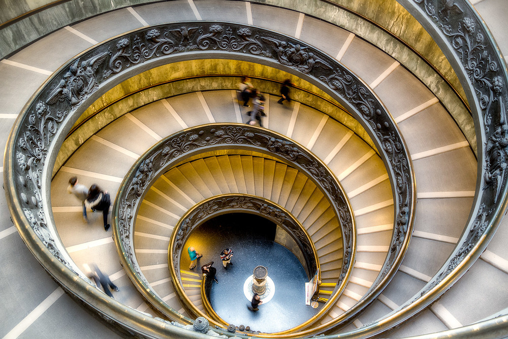 The Bramante Staircase - 17mm | 1/10th sec | f2.8 | ISO800