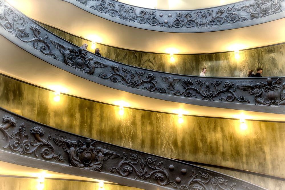 Bonus Bramante Staircase - 17mm | 1/30th sec | f2.8 | ISO800