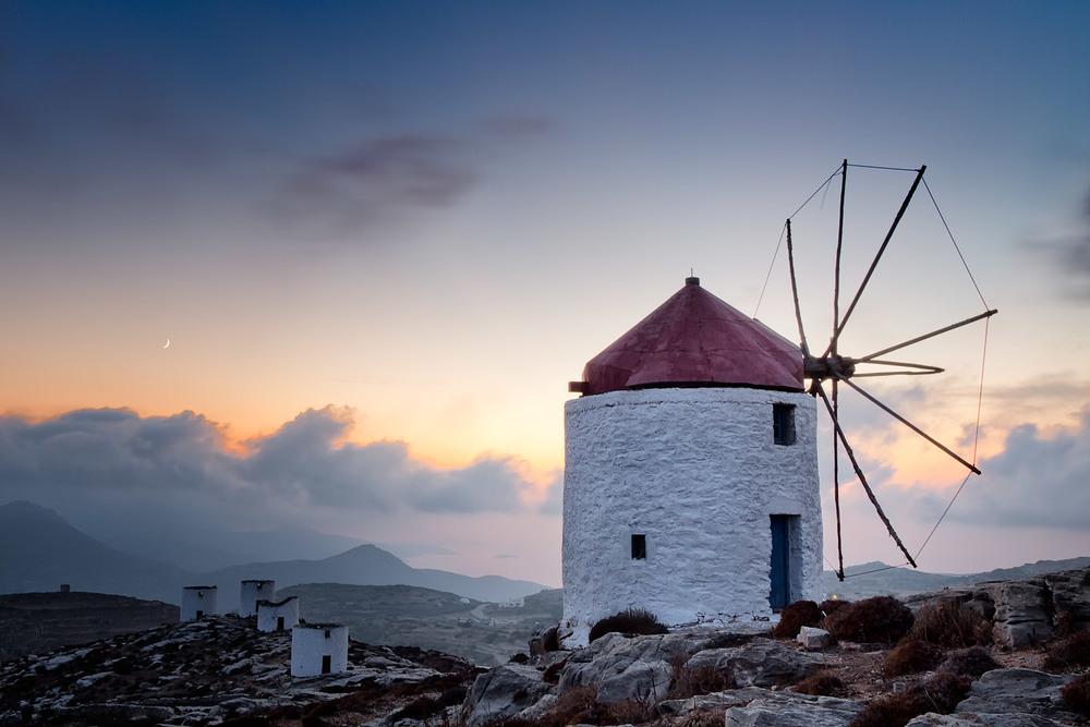 Amorgos Windmill at Dusk | 20mm | 2.5sec | f8.0 | ISO100