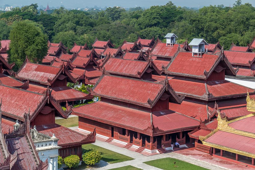Mandalay Royal Palace |84mm | 1/100th sec | f8.0 | ISO100