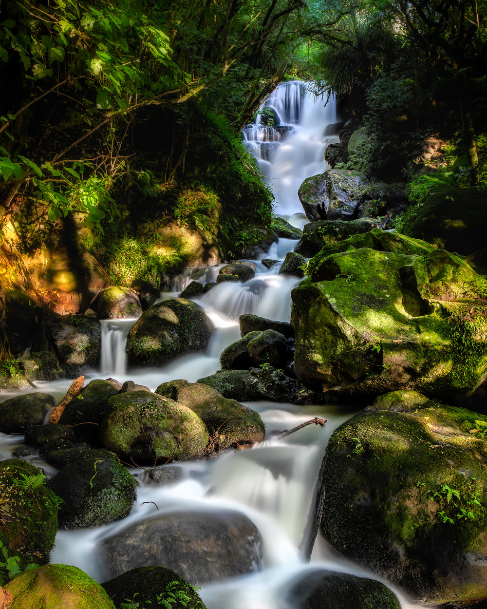 Henrys Reserve Waterfall | Canon EOS5D MKIV | Canon 24-105 f4L @ 45mm | ISO100 | 15sec | f11 | Polariser