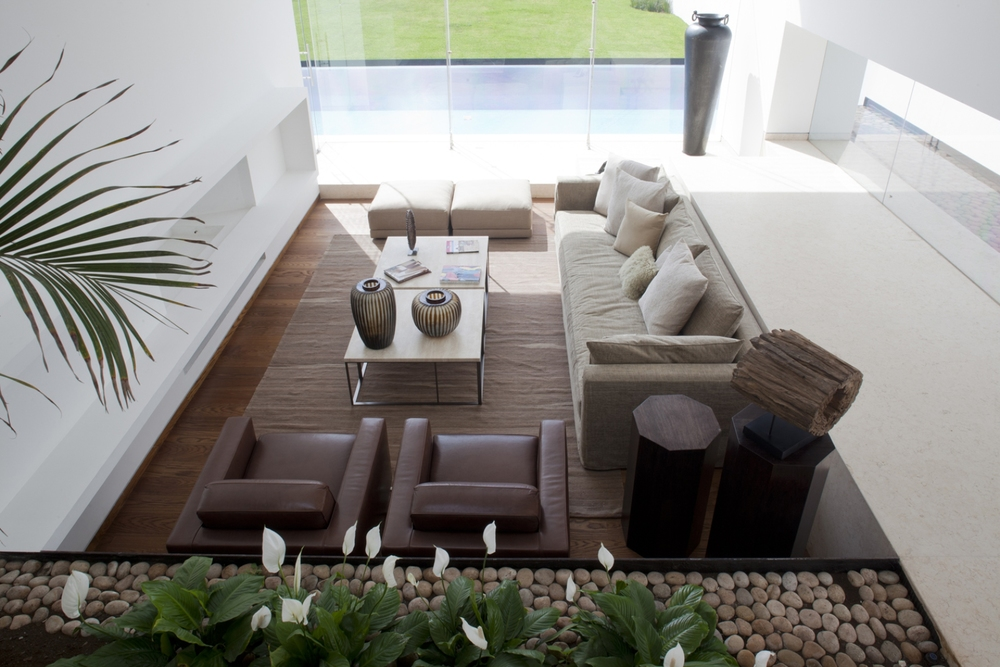 They added garden spaces throughout the interior spaces.
