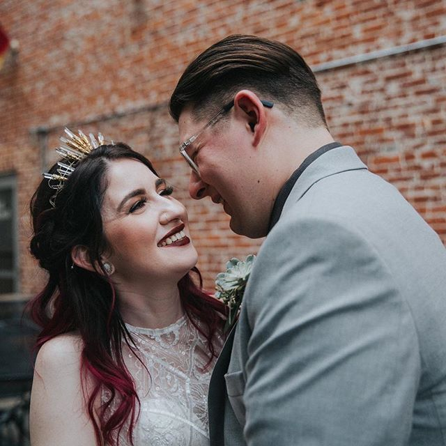 I admire Georgia's gorgeous crown as much as she admires Aaron's smile 😍 it's the small details that make the day extra special.  #amieeblaskophoto #wedding #weddingphotographer #pawedding #unposedweddingphotography #unposed #weddingphotographerpa #allentownwedding @thebrewworks #mrandmrs #lehighvalleyweddingphotographer #tribearchipelagopresets #lxc03