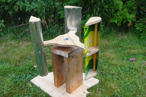 Building-a-Lenz2-turbine-from-recyled-materials.jpg