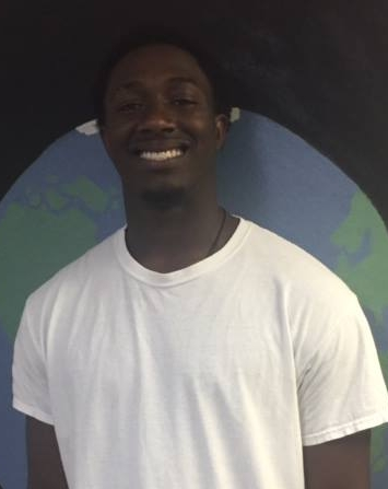 Robert Williams Jr. - Intern Rob is from Wayland Ma. He is a Senior at Endicott College and wanted to work with CiS to have a chance to work with students in a classroom setting without having to be strictly a head classroom teacher.