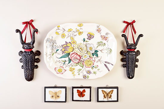I loved putting together this butterfly and beetle collage, inspired by the room above. The platter is Spode and it's such a blowsy pattern. For more information about this collection, please click here or on the photo. Photo by Renn Kuhnen.