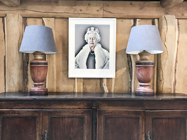 """Lightness of Being"", photographic hologram, Chris Levine, 2004. This holographic portrait of Queen Elizabeth was taken by Caryn's friend, Chris Levine. You can    read more here    about his process and how he caught the Queen with her eyes closed."