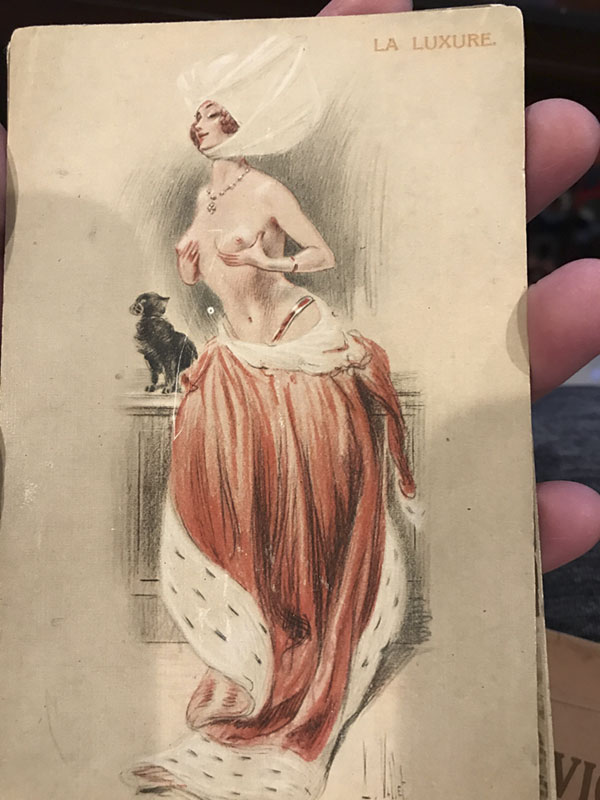 burlesque1_600.jpg