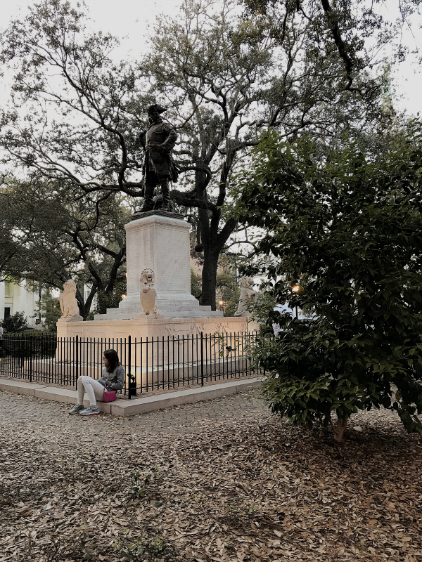 Savannah is laid out in a pattern of open squares. Each square is cool and leafy and allows for superb air circulation. Currently there are twenty-two squares, like this one above, and like the famous one where Forrest Gump sat on a bench and ate a box of chocolates.