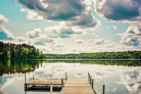 pier on lake_600.jpg